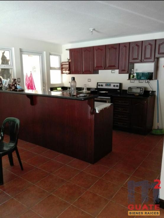M2Guate-R7257-Casa-en-condominio-en-Renta-San-Lucas