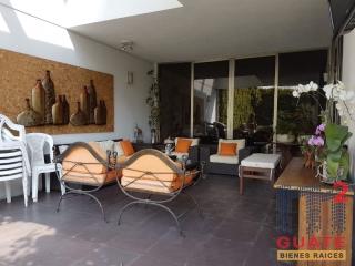 M2Guate-V6657-Casa-fuera-de-condominio-en-Venta-Guatemala-Zona-13