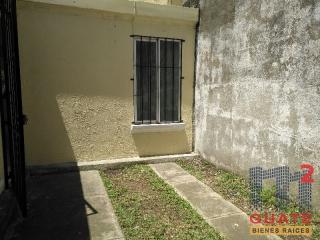 M2Guate-V7351-Casa-fuera-de-condominio-en-Venta-Carretera-a-San-José-Pinula