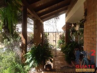 M2Guate-V7423-Casa-en-condominio-en-Venta-Guatemala-Zona-13