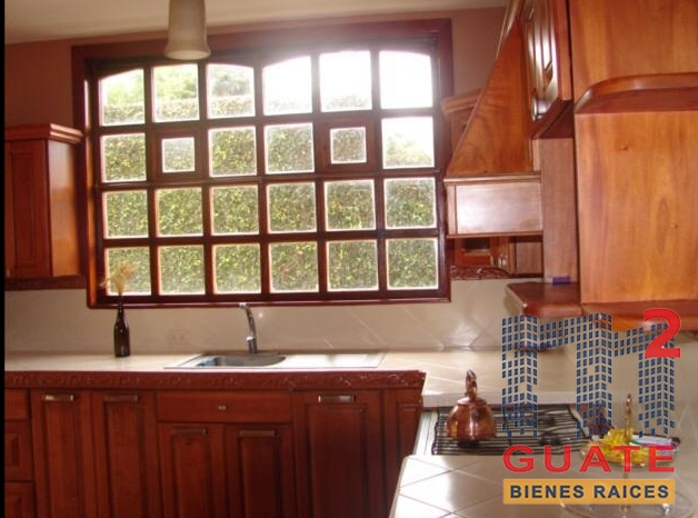 M2Guate-V7430-Casa-fuera-de-condominio-en-Venta-Fraijanes