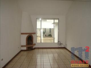 M2Guate-V7470-Casa-en-condominio-en-Venta-San-Lucas