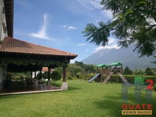 M2Guate-V7539-Terreno-en-Venta-Antigua-Guatemala