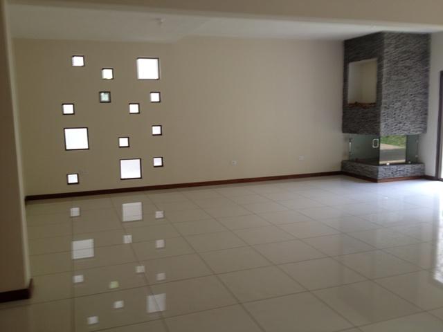 M2Guate-V1143-Casa-en-Venta-Guatemala-Zona-16